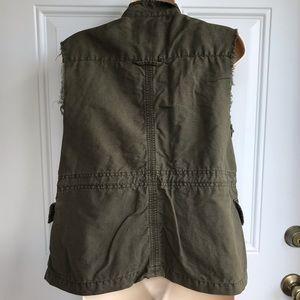 Sanctuary Jackets & Coats - Sanctuary Clothing Green Utility Vest EUC